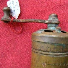Antigüedades: ANTIGUO MOLINILLO DE PIMIENTA. Lote 28177003