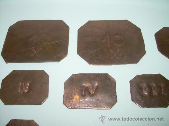 Antigüedades: ANTIGUOS PONDERALES DE COBRE.....LOTE DE 20 UNIDADES. - Foto 2 - 28302854