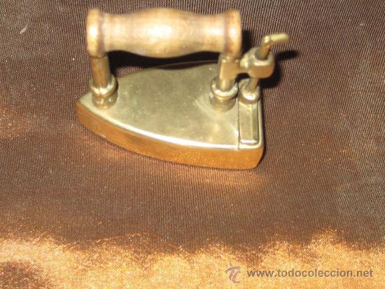 Antigüedades: PLANCHA DE BRONCE EN MINIATURA ( CAJA PASTILLAS ) - Foto 2 - 28355270