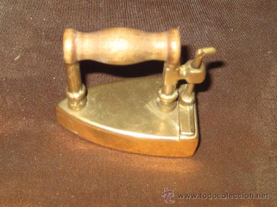 Antigüedades: PLANCHA DE BRONCE EN MINIATURA ( CAJA PASTILLAS ) - Foto 3 - 28355270