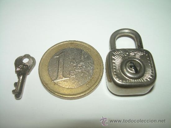 Antigüedades: PEQUEÑISIMO CANDADO....BOSS..GERMANY....Nº. 23/ 15 mm. - Foto 6 - 28377191