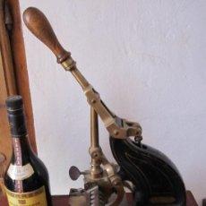 Antiquitäten - IMPRESIONANTE APARATO PARA NUMERAR, DE IMPRENTA U OFICINA. S.XIX. HIERRO Y BRONCE. GRAN TAMAÑO - 28445276