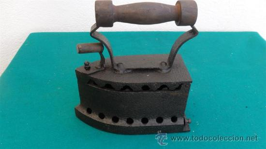 PLANCHA DE HIRRO ANTIGUA (Antigüedades - Técnicas - Planchas Antiguas - Varios)