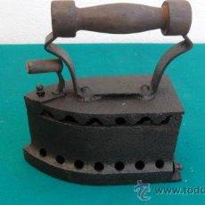 Antigüedades: PLANCHA DE HIRRO ANTIGUA. Lote 28460577