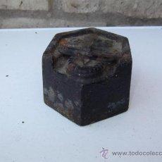 Antigüedades: PESA DE 2 KILOS. Lote 28886991