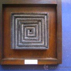 Antigüedades: IMPRENTA CUADRO COLLAGE TIPOGRAFICO - REF. LG9 PIEZA UNICA - TAMAÑO 20X20 - VER FOTOS. Lote 28922161