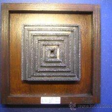 Antigüedades: IMPRENTA CUADRO COLLAGE TIPOGRAFICO - REF. LG10 PIEZA UNICA - TAMAÑO 20X20 - VER FOTOS. Lote 28922187