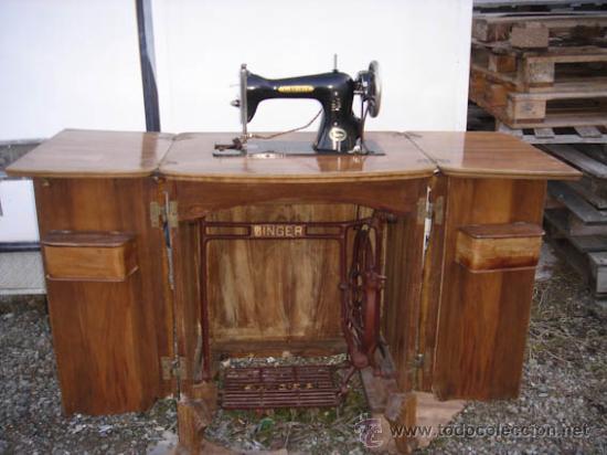 Antigua maquina de coser de la marca singer con comprar - Maquinas de coser con mueble ...