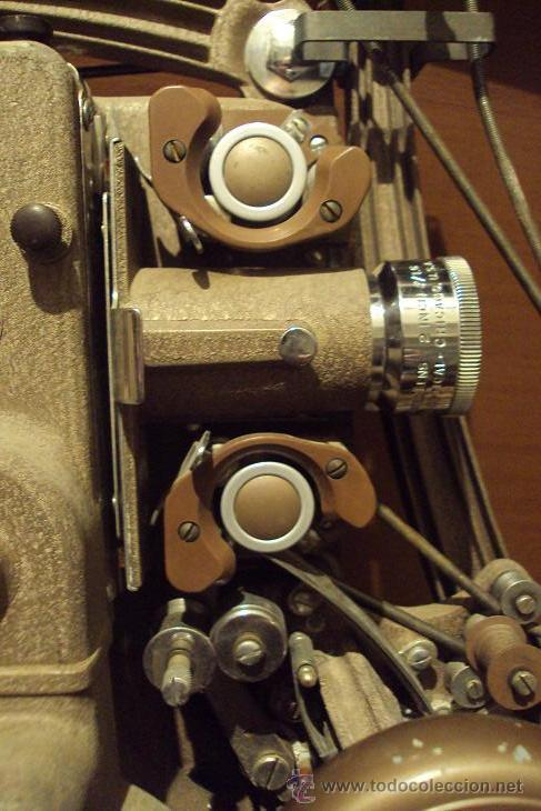 Antigüedades: PROYECTOR SONORO DE CINE 16 MM. AMPRO STYLIST SOUND PROJECTOR - MADE IN USA AÑOS 40/50 - Foto 8 - 29334782