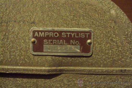 Antigüedades: PROYECTOR SONORO DE CINE 16 MM. AMPRO STYLIST SOUND PROJECTOR - MADE IN USA AÑOS 40/50 - Foto 13 - 29334782