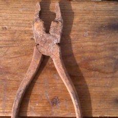 Antigüedades: ALICATES DE HIERRO.. Lote 29416510