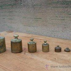 Antigüedades: JUEGO DE PESAS ANTIGUAS EN BRONCE,DE 1 KILO A 10 GRAMOS,CON PUNZONES. Lote 29458417