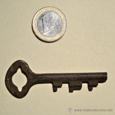 Antigüedades: CURIOSA LLAVE DE CERRADURA. Lote 29546210