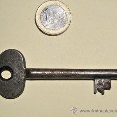 Antigüedades: CURIOSA LLAVE DE CERRADURA. Lote 29546522