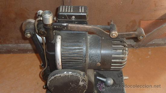 Antigüedades: Antiguo proyector debrie 16, frances. Desconozco del tema. - Foto 3 - 29586502