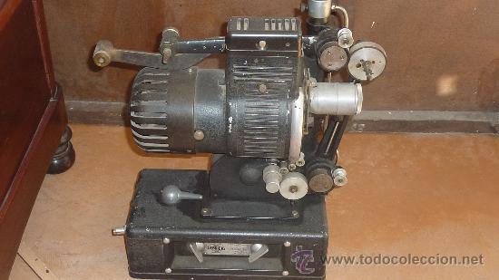 Antigüedades: Antiguo proyector debrie 16, frances. Desconozco del tema. - Foto 5 - 29586502