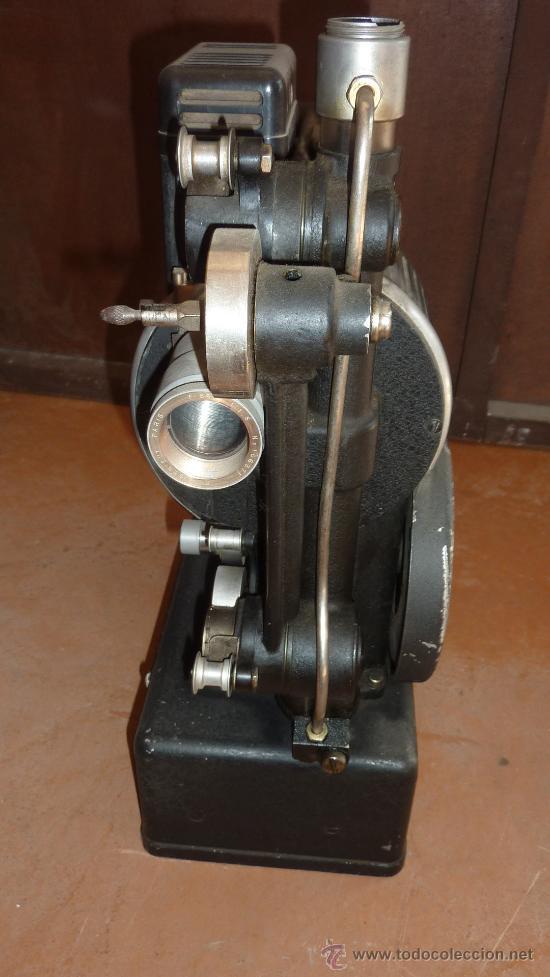 Antigüedades: Antiguo proyector debrie 16, frances. Desconozco del tema. - Foto 9 - 29586502