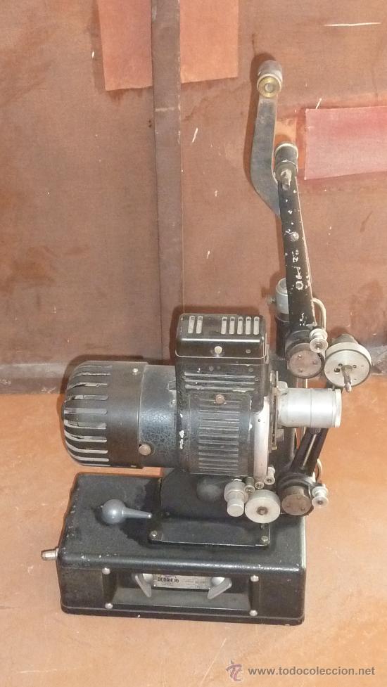 Antigüedades: Antiguo proyector debrie 16, frances. Desconozco del tema. - Foto 10 - 29586502