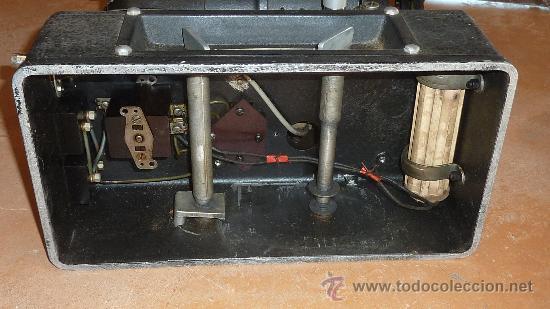 Antigüedades: Antiguo proyector debrie 16, frances. Desconozco del tema. - Foto 11 - 29586502