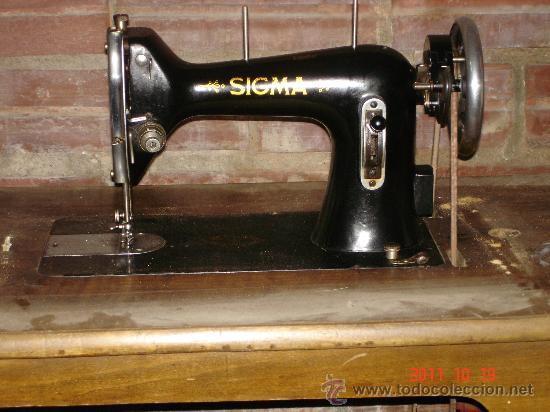 Maquina de coser con mueble sigma - Vendido en Venta