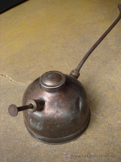 ACEITERA MANUAL PEQUEÑA (Antigüedades - Técnicas - Herramientas Profesionales - Mecánica)
