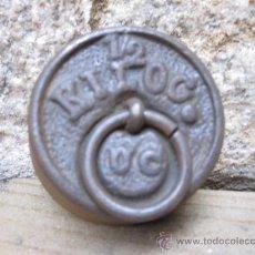 Antigüedades: ANTIGUA PESA DE BALANZA EN HIERRO Y LASTRE PLOMO, SIN USO, MARCA UC UNIÓN CERRAJERA 1/2 KG + INFO. Lote 105913758