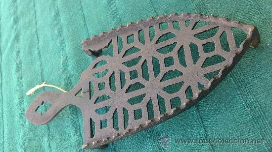 Antigüedades: PIE DE PLANCHA( PIE, SOPORTE O PLANCHERO ) - Foto 4 - 29986965