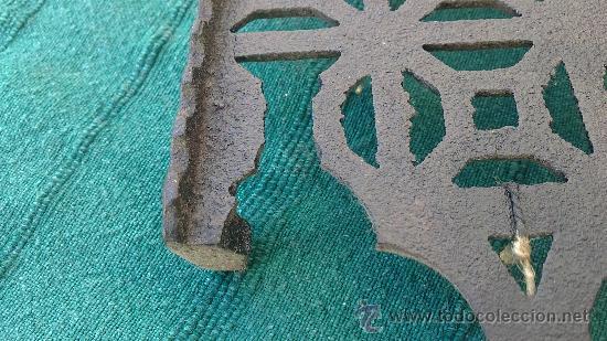 Antigüedades: PIE DE PLANCHA( PIE, SOPORTE O PLANCHERO ) - Foto 2 - 29986965