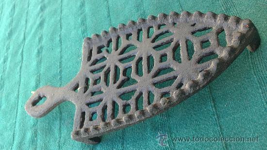 Antigüedades: PIE DE PLANCHA( PIE, SOPORTE O PLANCHERO ) - Foto 3 - 29986961