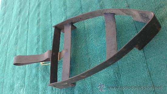 Antigüedades: PIE DE PLANCHA( PIE, SOPORTE O PLANCHERO ) - Foto 3 - 29981739