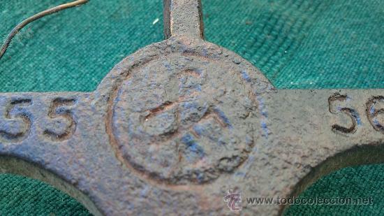 Antigüedades: PIE DE PLANCHA( PIE, SOPORTE O PLANCHERO ) - Foto 5 - 29981725