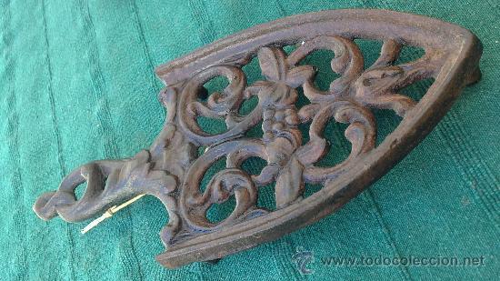 Antigüedades: PIE DE PLANCHA( PIE, SOPORTE O PLANCHERO ) - Foto 3 - 29981690