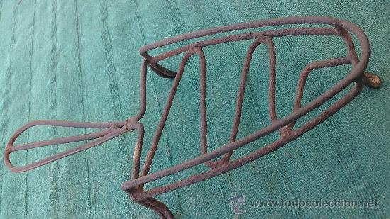 Antigüedades: PIE DE PLANCHA( PIE, SOPORTE O PLANCHERO ) - Foto 3 - 29981595
