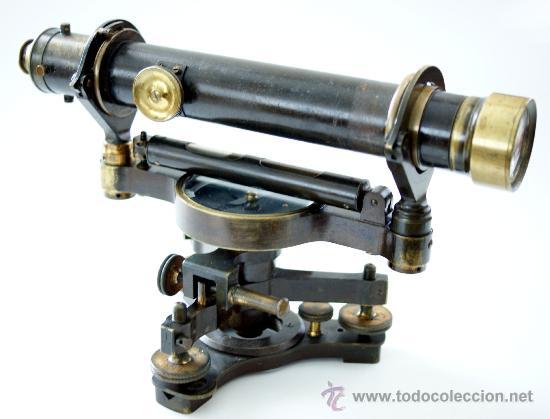 TEODOLITO FABRICADO POR TROUGHTON & SIMMS - LONDON - S. XIX (Antigüedades - Técnicas - Otros Instrumentos Ópticos Antiguos)