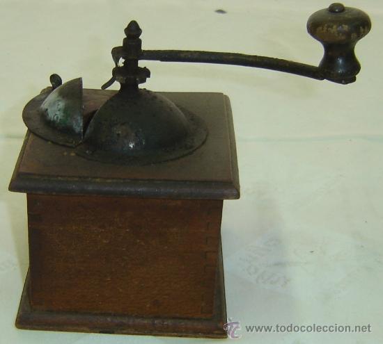 Antigüedades: MOLINILLO DE CAFE ANTIGUO-BASE DE MADERA-medidas 13*13*17 cms. - Foto 2 - 30625243