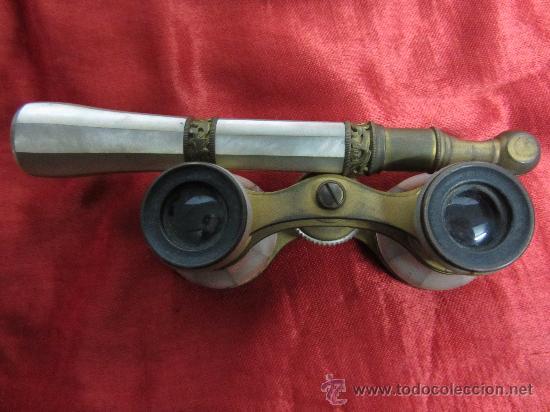 Antigüedades: Elegantes anteojos o indiscretos en metal dorado y nácar / circa 1850 - Foto 8 - 30363261