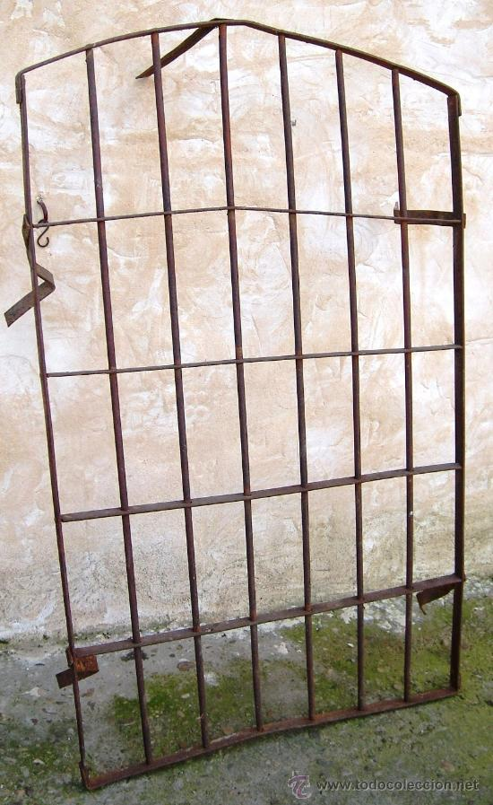 Rejas de forja para ventanas amazing foto rejas para - Rejas de forja antiguas ...
