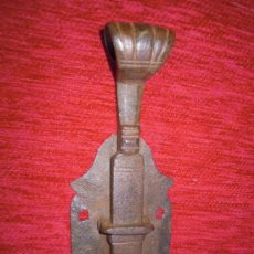 Antigüedades: PESTILLO CERROJO ANTIGUO MUY BONITO. SIGLO XVIII HIERRO FORJADO FORJA. Lote 30397980