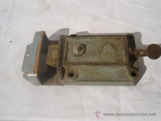 Antigüedades: 3 juegos de cerraduras antiguas - Foto 2 - 30414025