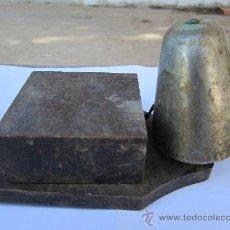 Antigüedades: ANTIGUO TIMBRE DE PUERTA , CAMPANA , POSIBLEMENTE 125 VOLTIOS. Lote 30444020