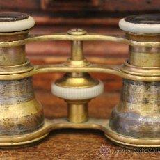 Antigüedades: ANTIGUOS PRISMÁTICOS O BINOCULARES DE TEATRO EN BRONCE. Lote 42817319