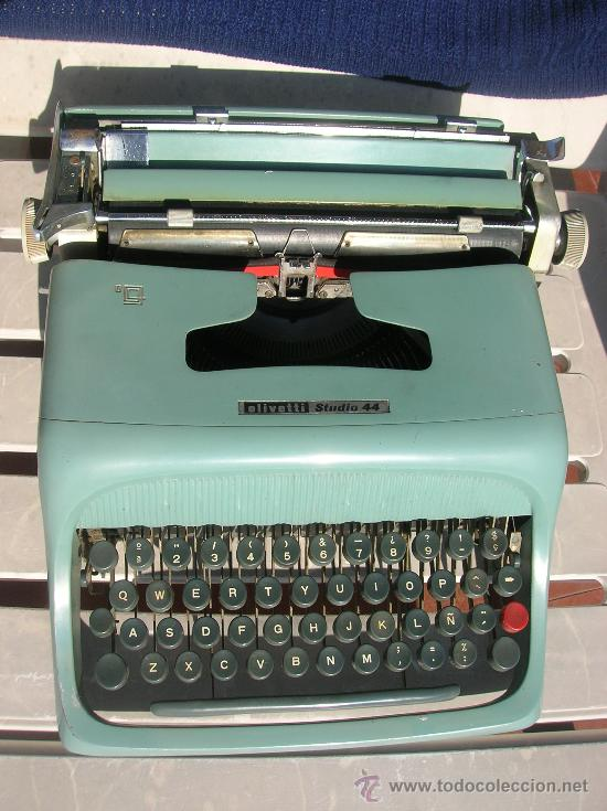 OLIVETTI STUDIO 44 (Antigüedades - Técnicas - Máquinas de Escribir Antiguas - Olivetti)