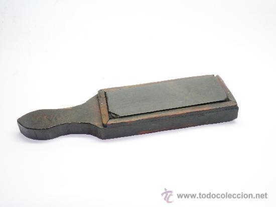 Antigüedades: Piedra de asentar todo tipo de afilado de 30 cm de largo por 7,5 por 3 de alto - Foto 2 - 30682045