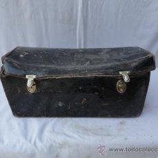 Antigüedades: ANTIGUO MALETÍN DE PIEL PARA HERRAMIENTAS.. Lote 30736136