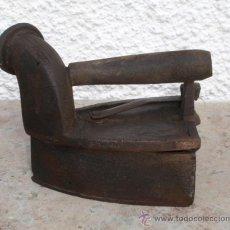 Antigüedades: PLANCHA DE CARBON PARA DECORACION. Lote 30757984