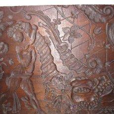Antigüedades: TABLA PARA LA FABRICACION DE GUADAMECIES. S.XVIII TALLADA EN MADERA CON ADORNOS DE GUSTO BARROCO. Lote 30822893