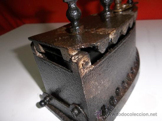 Antigüedades: ANTIGUA PLANCHA DE CARBON Y BRASA COMPLETA Y EN - Foto 3 - 30927290