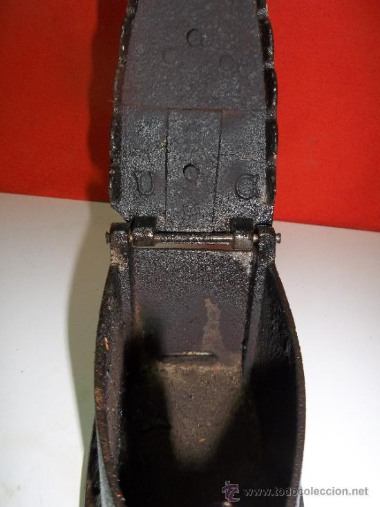 Antigüedades: ANTIGUA PLANCHA DE CARBON Y BRASA COMPLETA Y EN - Foto 2 - 30927290