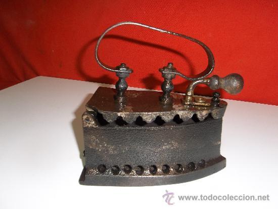 ANTIGUA PLANCHA DE CARBON Y BRASA COMPLETA Y EN (Antigüedades - Técnicas - Planchas Antiguas - Carbón)