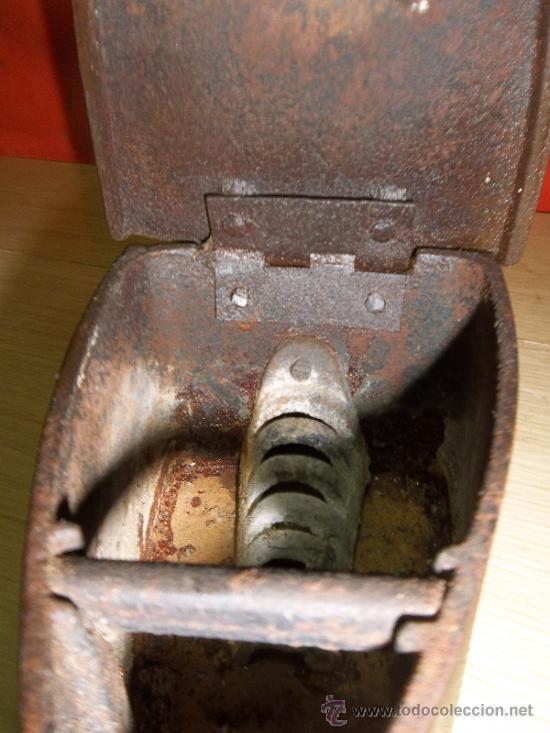 Antigüedades: PLACHA DE COLECION CON MOTIVOS DE LA GESTAPO NACI EL LA PLACA DE PROTECION - Foto 2 - 31037927